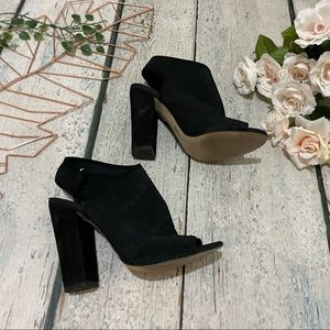 Aldo 7 ankle boots black perforated mesh buckle strap peep toe heels modern chic